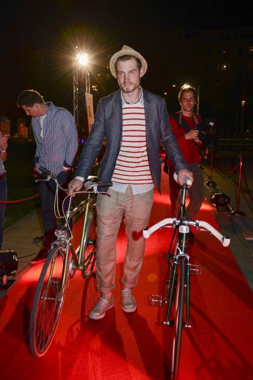 Biciklis divatbemutató
